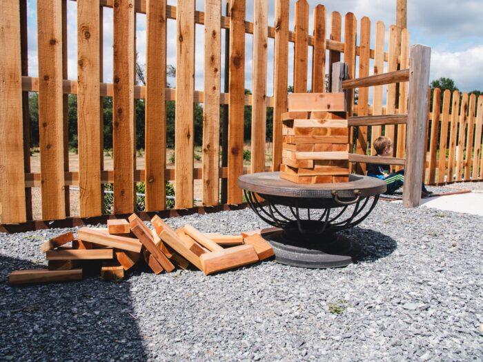 A kerítés építése és felújítása szintén tavaszi tennivaló